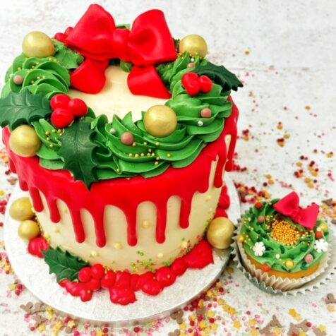 Wreath Dripping cake